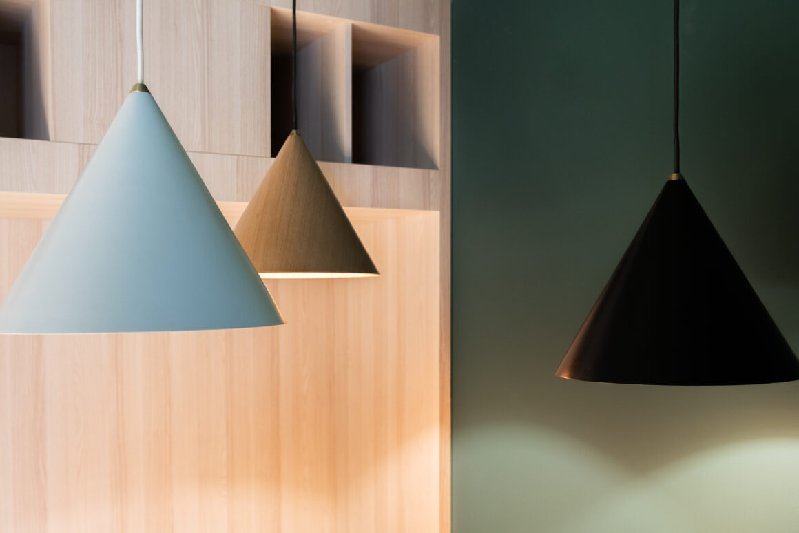 BECI Brussels workspace design and renovation by Space Refinery - pendant lights cones